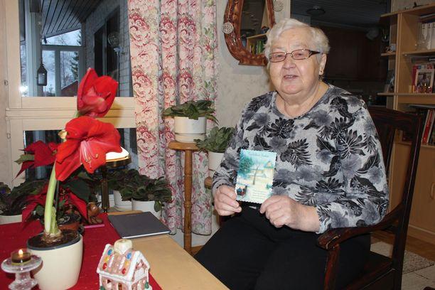 Tuula Lamminen sai erikoisen postikortin.