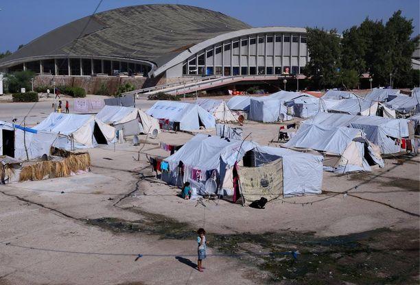 Kuva on Syyriasta pakolaisleiriltä. YK ja muut avustusjärjestöt rakentavat sekä Syyriaan että Irakiin lisää leirejä taistelujen kiihtyessä Isisiä vastaan.