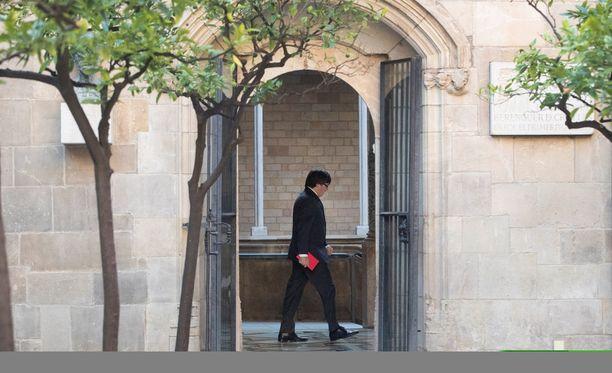 Carles Puigdemont kertoo Katalonian itsenäisyyskannan torstaina iltapäivällä.