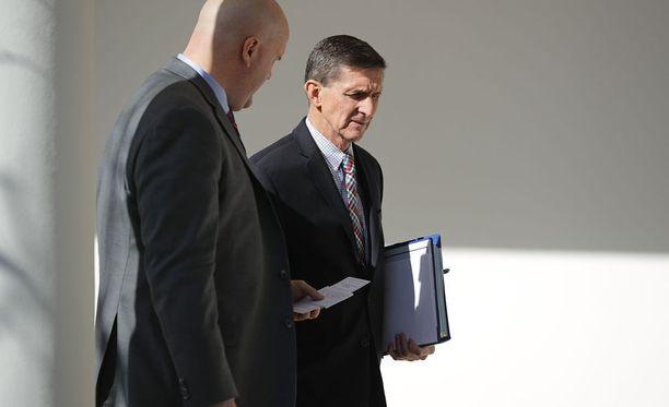 Michael Flynn Valkoisessa talossa helmikuussa.
