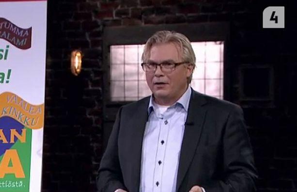 Jarmo Lius esitteli tuotettaan.