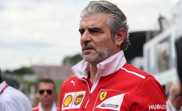 Maurizio Arrivabene antoi turhautumisen kuulua haastattelutilanteessa.