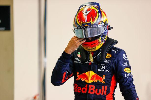 Alexander Albon astuu sivuun F1-karkeloista tulevalla kaudella.