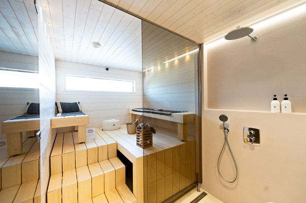 Saunat ovat ilmeeltään hyvin erilaiset. Tältä sisäsauna näyttää.