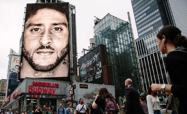 Colin Kaepernick on Niken uuden mainoksen päätähti.