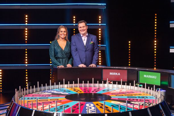 Onnenpyörä pyörii Suomessa TV5:llä.