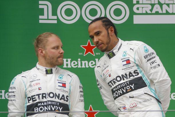 Valtteri Bottas yrittää haastaa Lewis Hamiltonin.