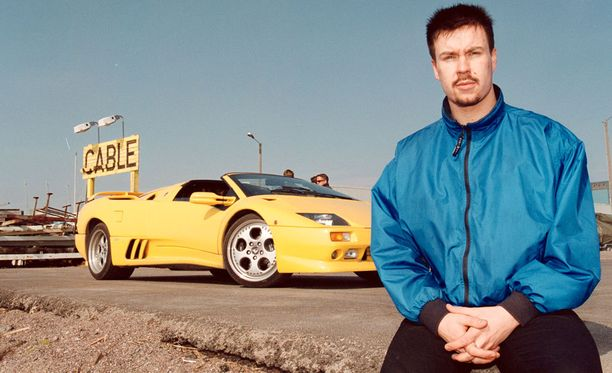 Jaakko Rytsölän italialainen urheiluauto ylitti uutiskynnyksen.