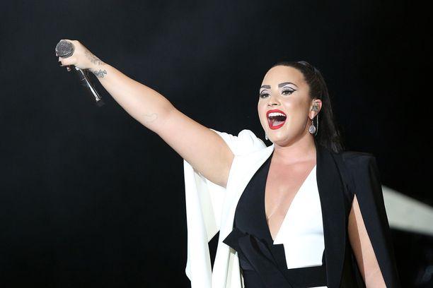 Demi Lovato jatkaa taistelua.