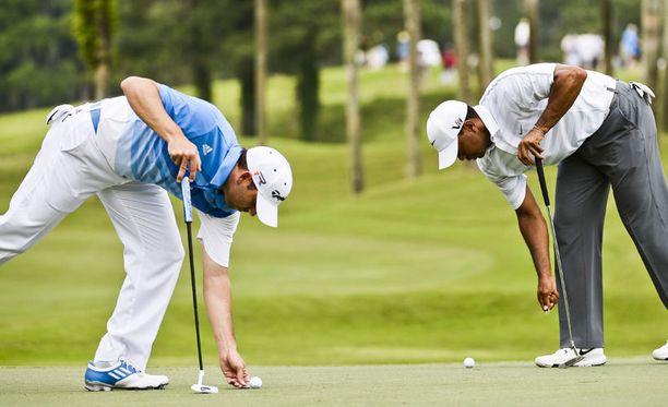 Sergio Garcia (vas.) ja Tiger Woods ovat olleet napit vastakkain.