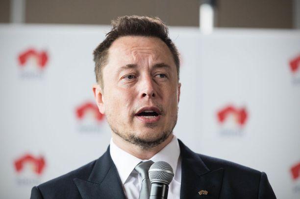 Elon Musk on myös sähköautovalmistaja Teslan toimitusjohtaja.