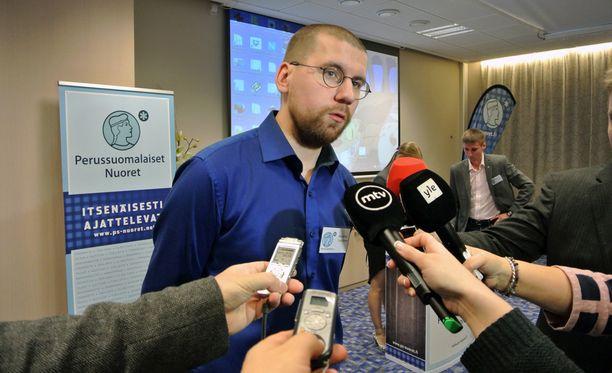 Sebastian Tynkkysen mukaan hän sai 300 euron sakkotuomion.
