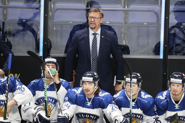 Jukka Jalosen luotsaama Suomi hävisi Karjala-turnauksen avausottelunsa.