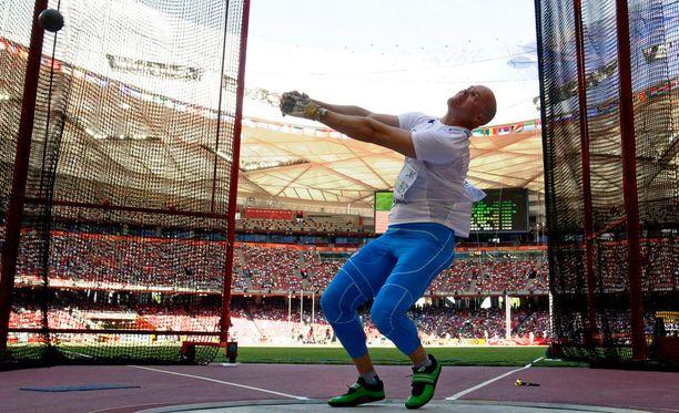 David Söderberg heitti moukarin karsinnassa 75,96 metriä.