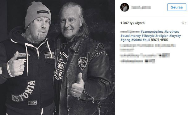 Kimmo Elomaa oli lauantaina Cannonball MC:n juhlissa Turussa. Cannonballin johtohahmo julkaisi oheisen yhteiskuvan Elomaan kanssa Instagramissa.