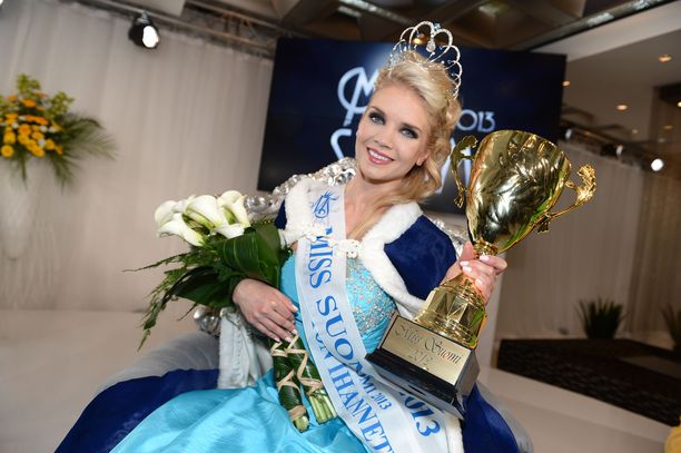 Miss Suomi 2013 -finaali huipentui Lotta Hintsan voittoon.
