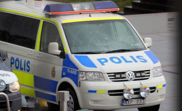 Kaksi alaikäisten tyttöjen raiskaustapausta järkyttävät Malmössa.