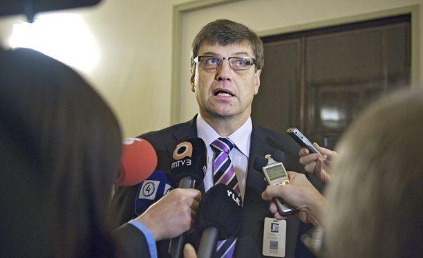 Valtakunnansyyttäjä Matti Nissinen on tänään tuomittu sakkorangaistukseen virkavelvollisuuden rikkomisesta. Arkistokuva.
