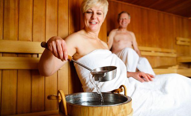 Kun hoidat saunaa asianmukaisesti, takaat sille pidemmän käyttöiän.