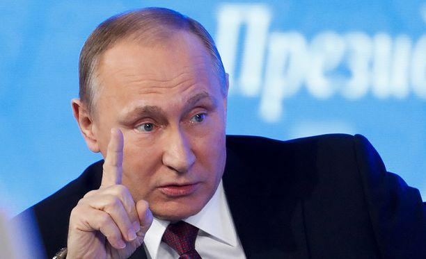 Venäjän presidentti Vladimir Putin haluaa katsoa, miten Trump aloittaa presidenttikautensa.