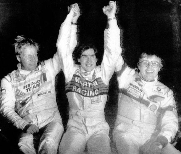 Henri Toivonen voitti Monte Carlon 1986, mutta kuoli saman vuoden keväällä Korsikalla sattuneessa ulosajossa. Kolmoisvoittoa juhlivat myös Hannu Mikkola (vas.) ja Timo Salonen (oik.). Toivosen isä Pauli voitti Monten 20 vuotta aikaisemmin.
