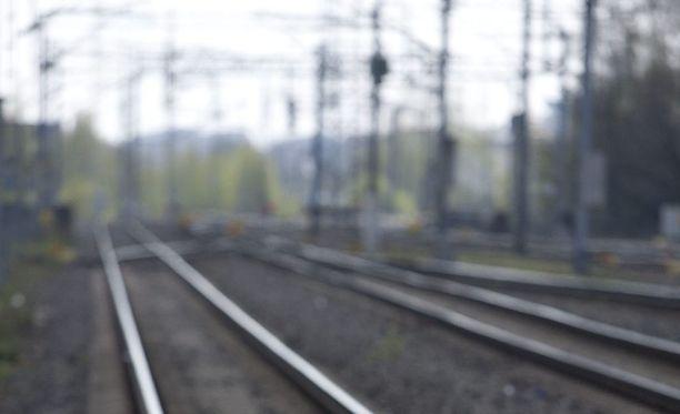 Lähijunaliikennettä sotkevat parannustyöt jatkuvat elokuulle saakka. Kuvituskuva.