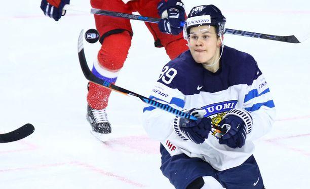 Jesse Puljujärvi ei saanut tehopisteitä MM-kisoissa.