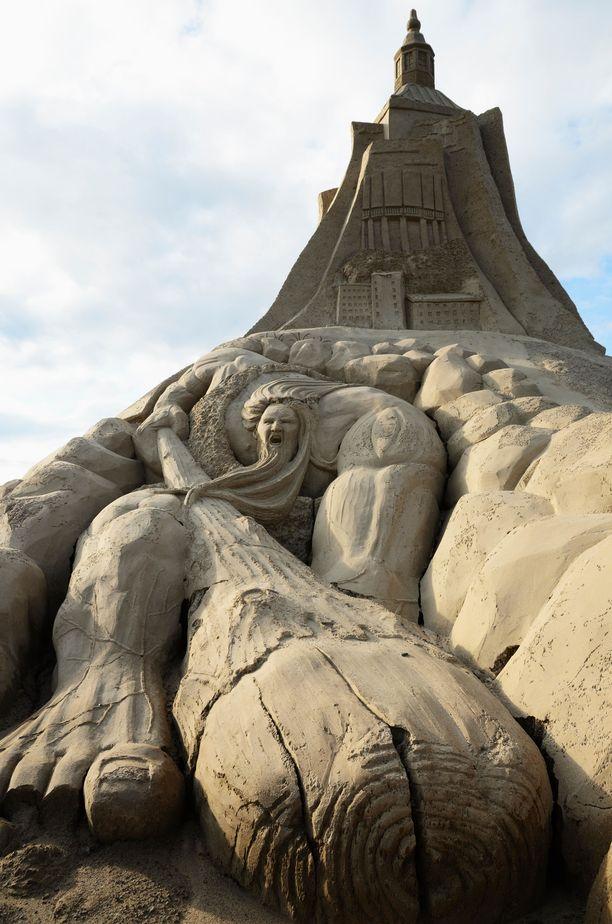 Lappeenrannan hiekkalinna nousee joka vuosi erilaisena. Kuva vuodelta 2012.