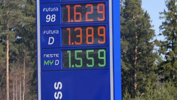 Nesteen dieseltankkaajista joka viides valitsee uusiutuvan polttoaineen hintaerosta huolimatta.