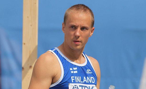 Osku Torro kuuluu myös korkeushypyn harvinaiseen yli 50 sentin kerhoon.