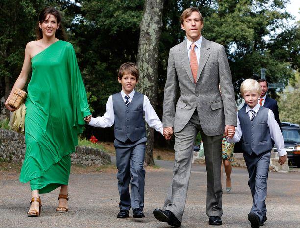 Vaikka Tessy ja Louis eroavat, vanhemmuus jatkuu. Heillä on kaksi poikaa, Gabriel ja Noah.