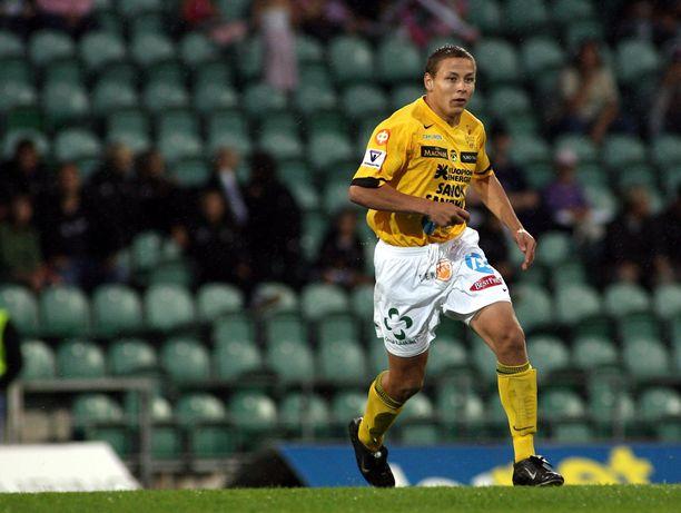 Pele Koljonen edusti kasvattajaseuraansa KuPSia kolmen kauden ajan Veikkausliigassa.