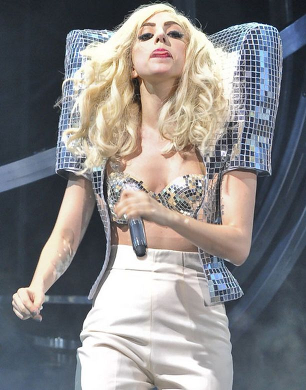 Ladyn Gagan erikoiset asuvalinnat eivät rajoitu pelkästään esiintymisiin.