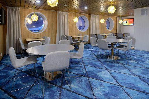 Eckerä Linen Lounge.