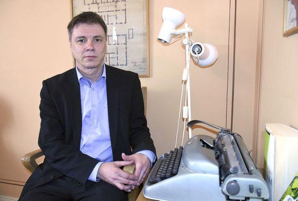 Olli Rauste on suomalainen urheiluoikeuksien asiantuntija.