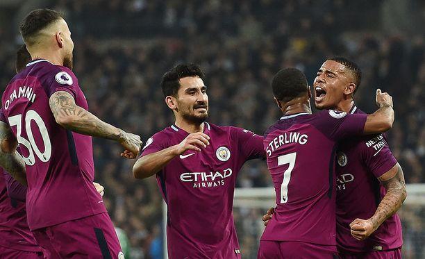 Manchester City juhli lauantaina voittoa, mutta ei vielä mestaruutta.