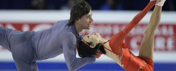 Yuko Kavaguti ja Aleksandr Smirnov ovat paritanssin uudet valtiaat.