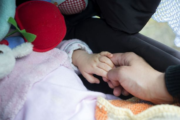 Ainakin muutamat vauvat ovat saaneet vatsaoireita Pirkan päärynäsoseesta. Kuvituskuva.