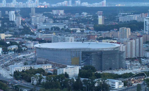 Jekaterinburgin keskusstadion on saanut uudet päätykatsomot.