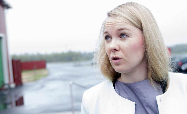 Suomi-Venäjä-seuran puheenjohtaja Katri Kulmunin mukaan valtionavustusta käytetään henkilöstön palkkoihin ja lukuisiin erilaisiin hankkeisiin.