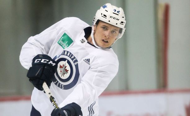 Kristian Vesalaisen tavoitteena on pelata tulevana syksynä NHL:ssä.