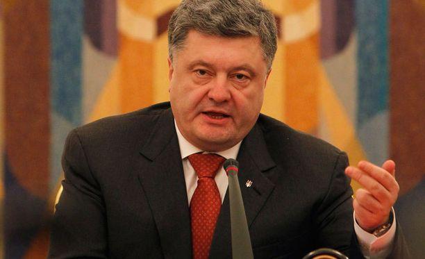 Poroshenko otti uudet keinot käyttöön Ukrainan kapinallisalueilla.