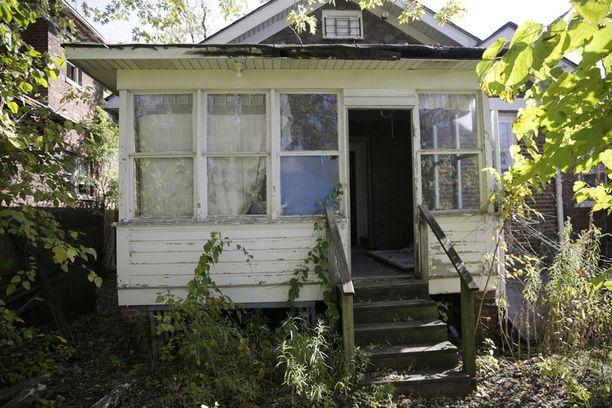 Tästä hylätystä talosta Indianan Garyssa löytyi mahdollisesti sarjamurhaajan uhri.