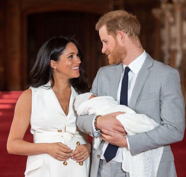 Vielä ei olla nähty, onko Archie perinyt isänsä punaisen tukan.