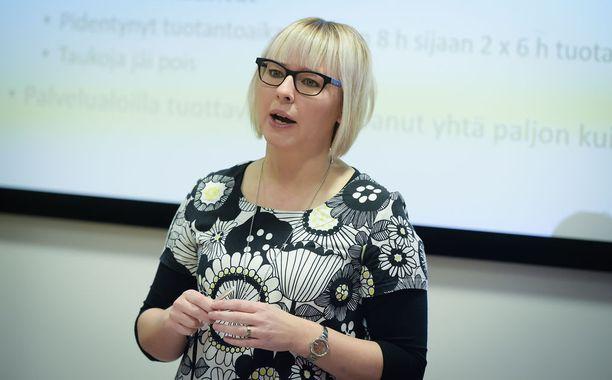 Vasemmistoliiton Aino-Kaisa Pekonen.