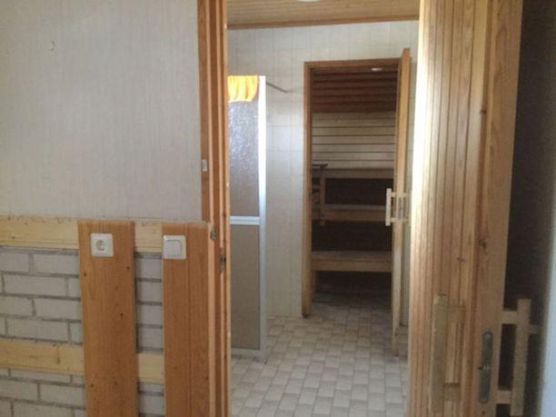 Uudessa kodissa on kunnon saunatilat.