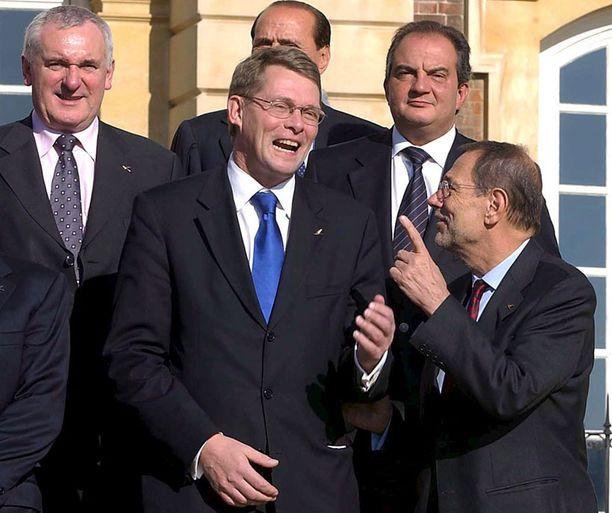 EU:n valtionpäämiesten tapaamisessa lokakuussa 2005 oli näin hauskaa. Kaksi kuukautta myöhemmin pääministeri Matti Vanhanen kuittasi laskun.