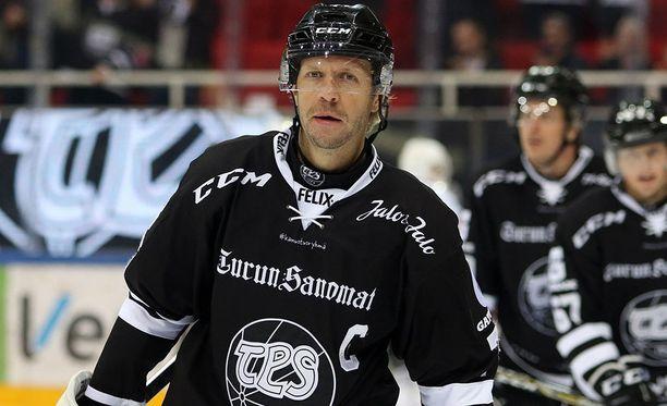 Tomi Kallio teki TPS:n voittomaalin KalPaa vastaan.