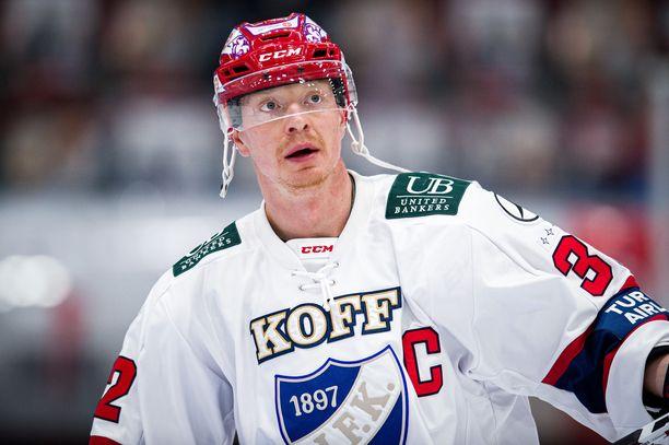 HIFK vapautti Lennart Petrellin kapteenin tehtävistä.