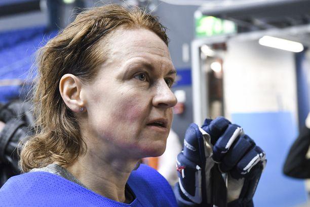 Riikka Sallinen edusti Naisleijonia yli 200 ottelussa.